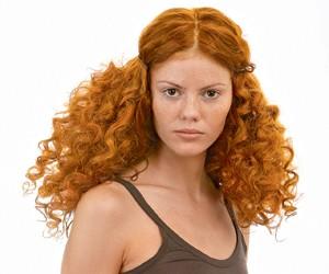 Натуральные краски для волос на основе хны: преимущества и особенности